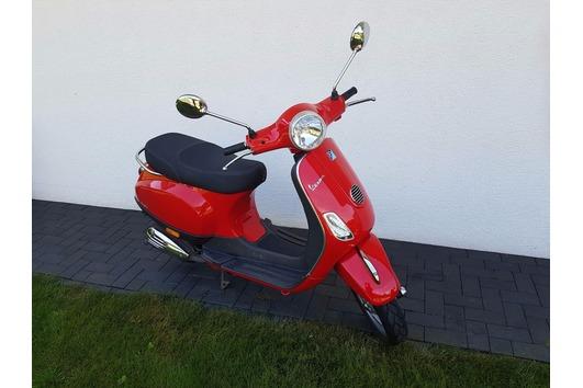 Roller Vespa Piaggio