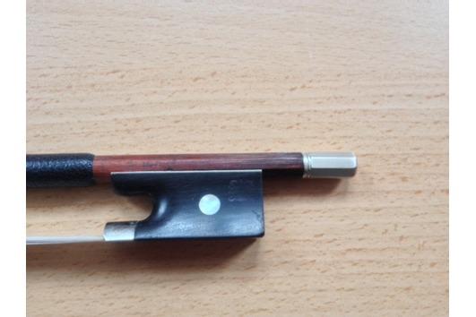Biete Violinbogen von