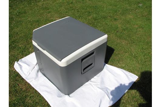 Große Kühlbox der