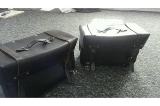 Leder Packtaschen Neu