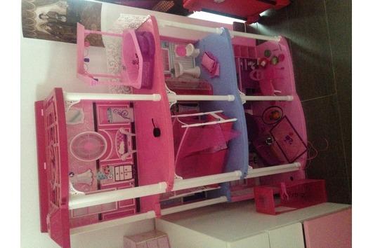 Barbie Traumvilla fast