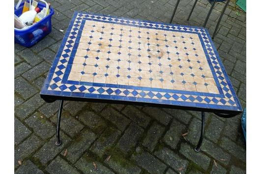 Garten tisch aus